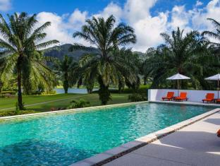 Tinidee Golf Resort @ Phuket Пхукет - Бассейн