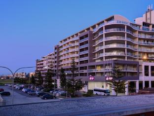 /sage-hotel-wollongong/hotel/wollongong-au.html?asq=jGXBHFvRg5Z51Emf%2fbXG4w%3d%3d