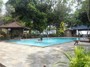 Bali Lovina Beach Cottages Bali - Swimmingpool