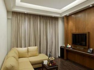 Ramada Gurgaon Central - A Wyndham Group Hotel New Delhi - Hotel interieur