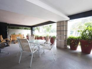iLodge @ Nehru Place New Delhi and NCR - Garden