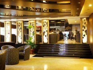 Hermes Palace Hotel Medan – Managed by Bencoolen Medan - Lobby