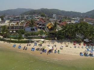 Kamala Dreams Hotel Phuket - Aerial view beachside