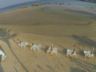 Kamala Dreams Hotel Phuket - Beach front - Kamala Dreams