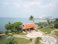 New Beach Hotel and Restaurant Cambodia