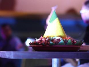 Sylvia Hotel Kupang Kupang - food