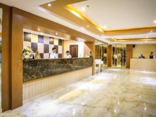 Sylvia Hotel Kupang Kupang - reception