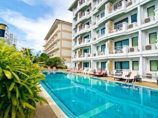 Best Beach Villa Pattaya - Swimming Pool