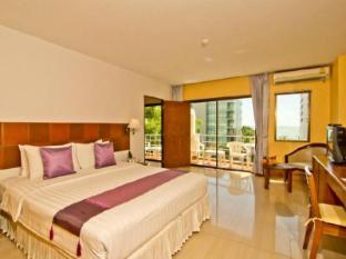 Best Beach Villa Pattaya - Family Suite