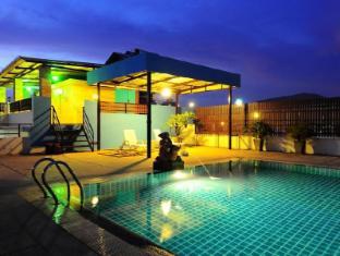Tuana YK Patong Resort Hotel بوكيت - حمام السباحة