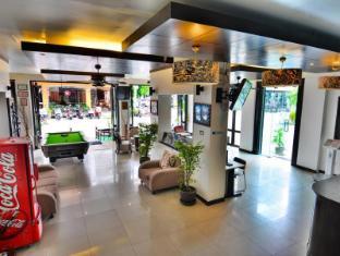 Tuana YK Patong Resort Hotel फुकेत - लॉबी
