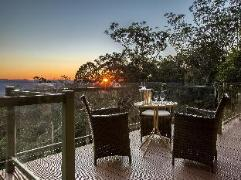 Australia Hotel Booking | Avocado Sunset Bed and Breakfast