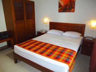 Concord Grand Hotel Colombo - Standard Room