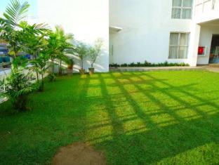 Concord Grand Hotel Colombo - Garden