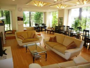 /ar-ae/k-s-house-hakuba-alps-backpackers-hostel/hotel/nagano-jp.html?asq=jGXBHFvRg5Z51Emf%2fbXG4w%3d%3d