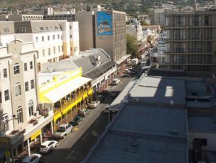 Urban Chic Hotel Cape Town - Surroundings