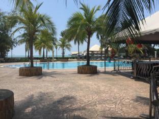 Glory Beach Resort Port Dickson - Swimming Pool