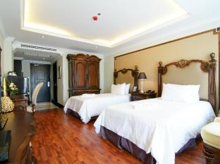 Miracle Suite Pattaya - Superior Twin Bed