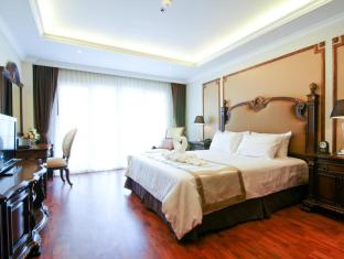 Miracle Suite Pattaya - Superior Double Bed