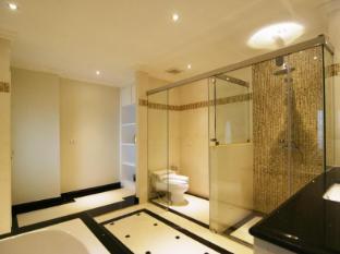 Miracle Suite Pattaya - 1 Bedroom - Bathroom