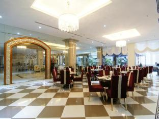 Miracle Suite Pattaya - Restaurant