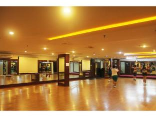 89 Hotel Batam Island - Sports and Activities