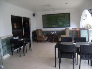 Panglao Regents Park Bohol - DINNING AREA