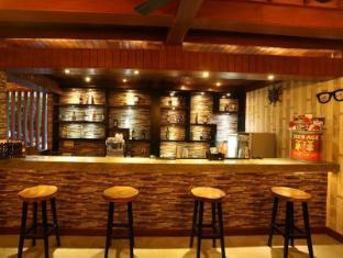 The Jas Villas Bali - BFF Cafe & Bar