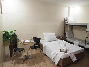 Gran Prix Econotel Cubao Manila - Guest Room