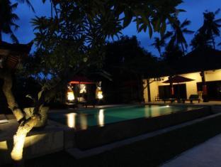 Hotel Melamun Bali - Piscina