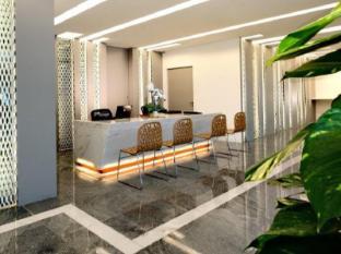 Innotel Singapore - Lobby