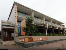 Quality Hotel Sands: entrance