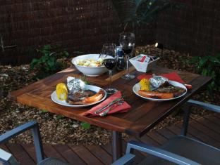Witches Falls Cottages Gold Coast - BBQ Dinner Hamper (on request)
