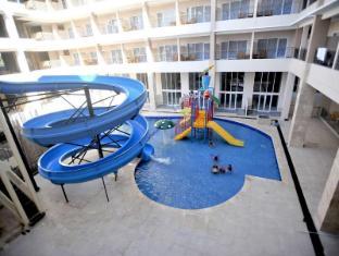 /laut-biru-resort-hotel/hotel/pangandaran-id.html?asq=jGXBHFvRg5Z51Emf%2fbXG4w%3d%3d