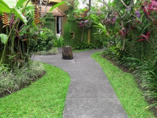 Tunjung Mas Bungalow Bali - Garden