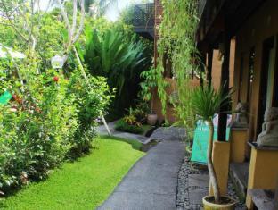 Tunjung Mas Bungalow Bali - Surroundings