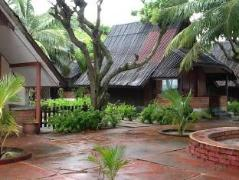 Cheap Hotels in Langkawi Malaysia | Charlie Motel