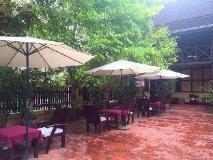 Villa Lao Wooden House: restaurant