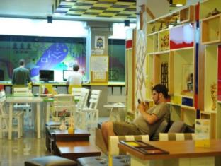 Saphaipae Hostel Bangkok - Interior