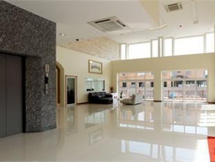 Emerald Palace Hotel Pattaya - Lobby