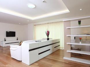 Emerald Palace Hotel Pattaya - 1 Bedroom