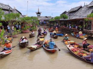 Emerald Palace Hotel Pattaya - Trips arranged to Pattayas floating market
