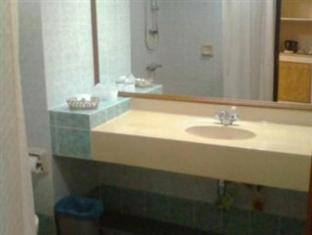 Sijori Resort Batam Island - Bathroom