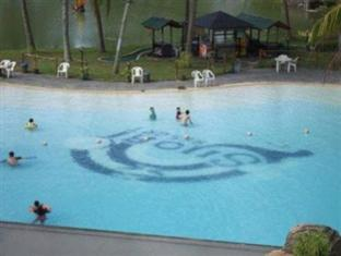 Sijori Resort Batam Island - Swimming Pool