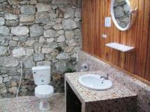 Thongbay Guesthouse Luang Prabang: bathroom