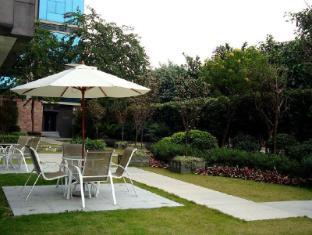 Yuwa Hotel Guangzhou - Garden