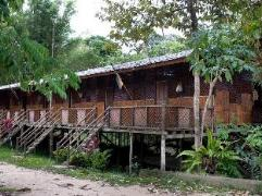 Gua Longhouse Chalet | Malaysia Hotel Discount Rates