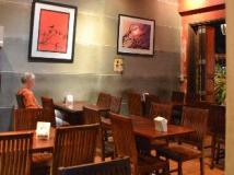 Inthira Thakhek: restaurant