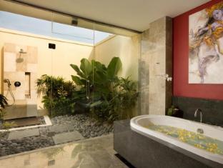 Mahagiri Villas Bali - Three Bedroom Villa - Bathroom