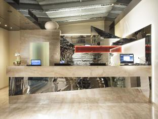 Designhotel Elephant Prague - Reception